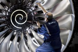 Assisting Performance Development at Rolls-Royce plc