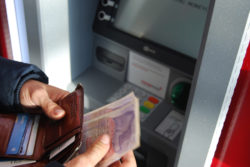 Barriers of banking and the cashless society