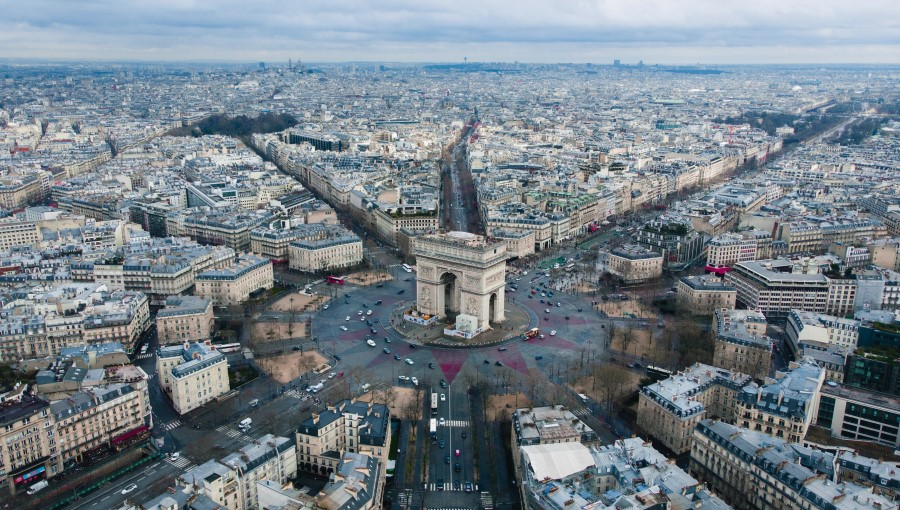 An image of Paris which Professor Mario Polèse argues that the social fractures that exist today in Paris have partly been caused by flaws in the regional governance model.
