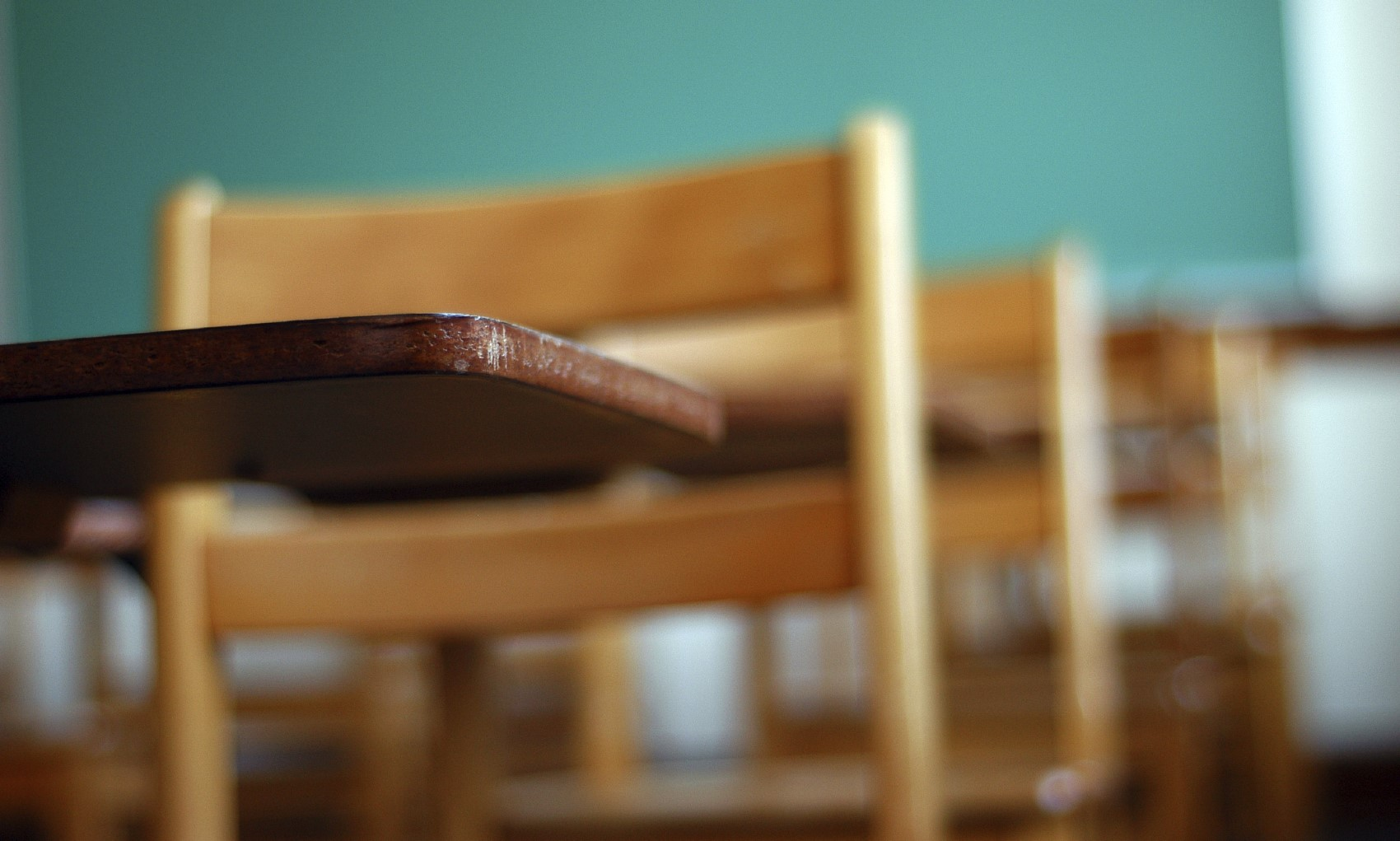 Image of school desk and chair